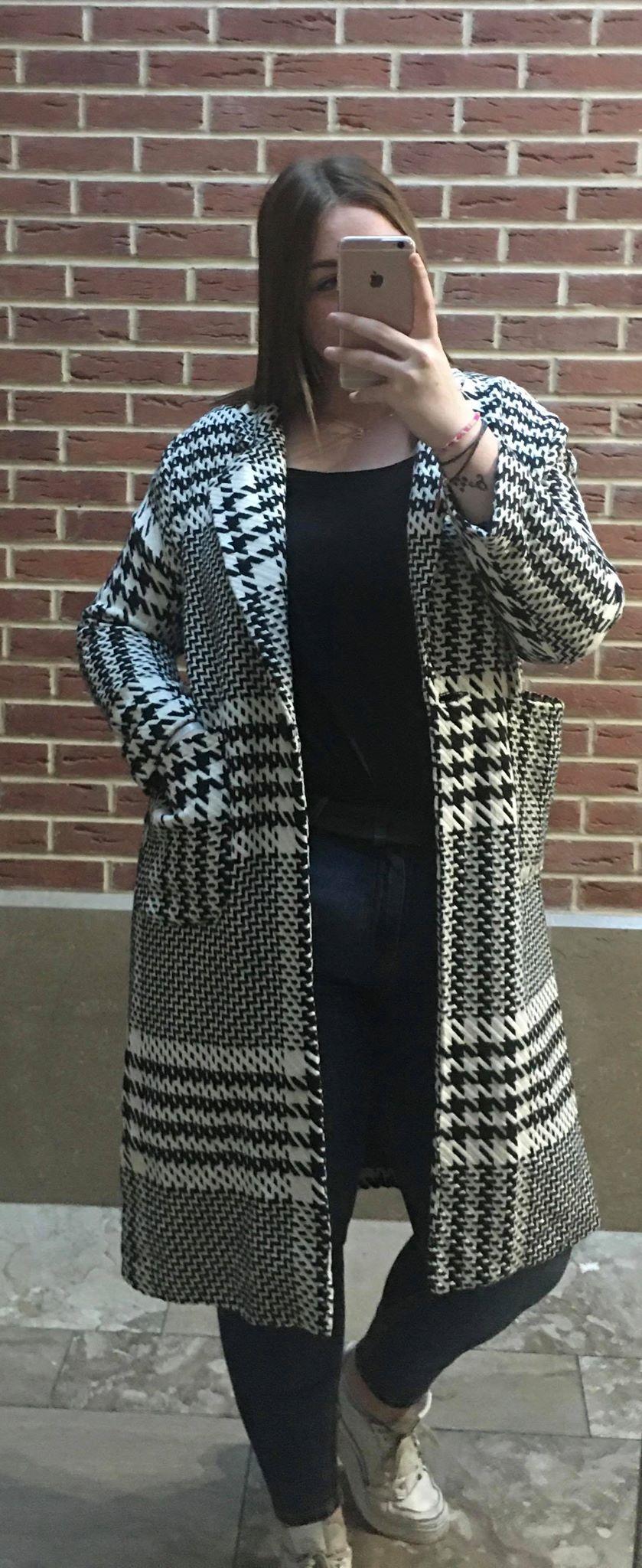 manteau noir et blanc  - MAN_NOI_BLA