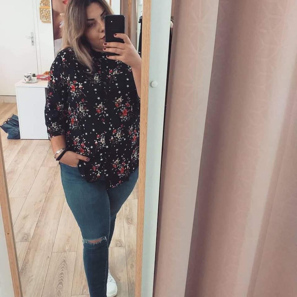 chemisier noir fleuri - chemisier-fleurie